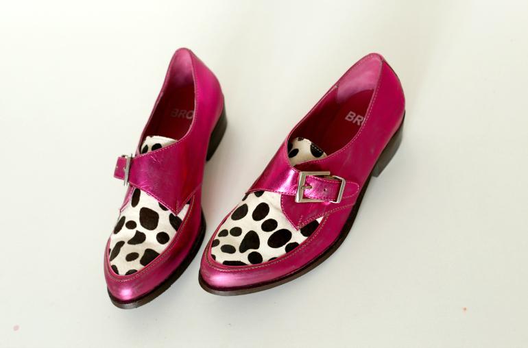 Roze metallic buckle schoen met dierenprint / Fashion is a party shop