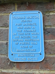 Photo of Thomas Warton blue plaque