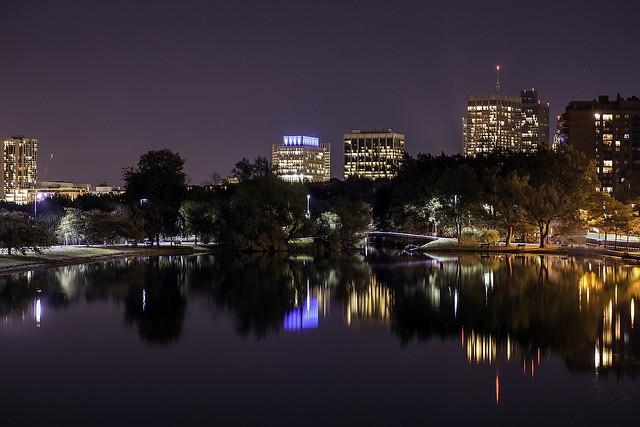 Boston skyline, Canon EOS 5D, Tamron SP AF 90mm f/2.8 Di Macro