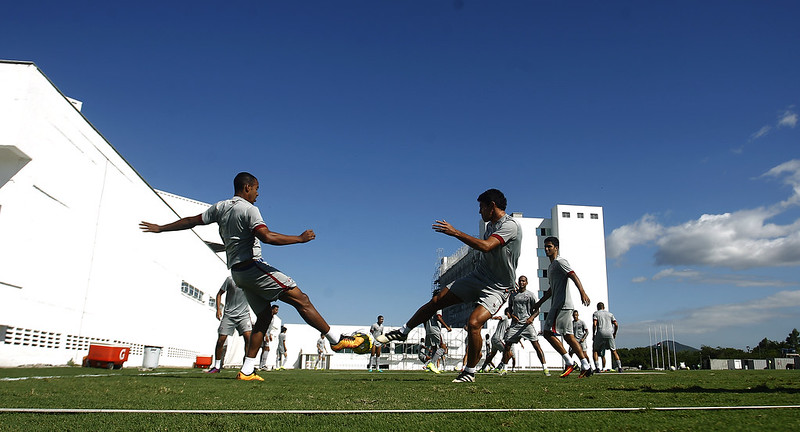 Fluminense: Destaque nos treinos, Pedro aguarda chance para mostrar faro de gol