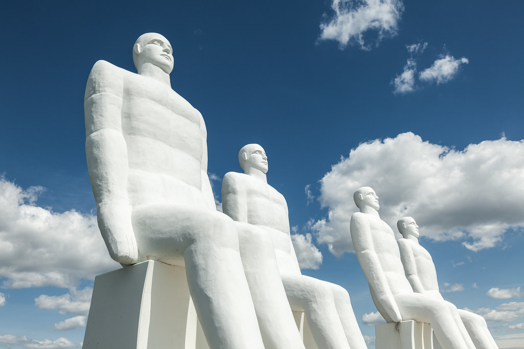 Man Meets Sea II