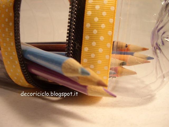 porta-matite bottiglia di plastica 6