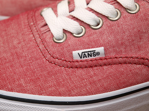 "Vans / Authentic ""Classic Chambray"" - Chili Pepper"