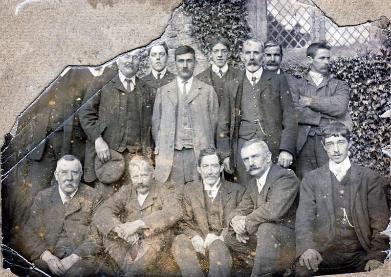 Group of Ringers from approx 1890-1910