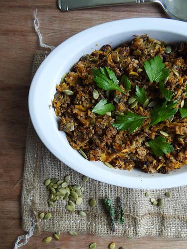 acorn squash quinoa stuffing