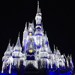 Magic Kingdom Castle at night with the Xmas Special lightning 2013 #magickingdom #castle #neuschwanstein #Cinderella #dreams #disney #beautiful #snow #xmas #holiday #magic