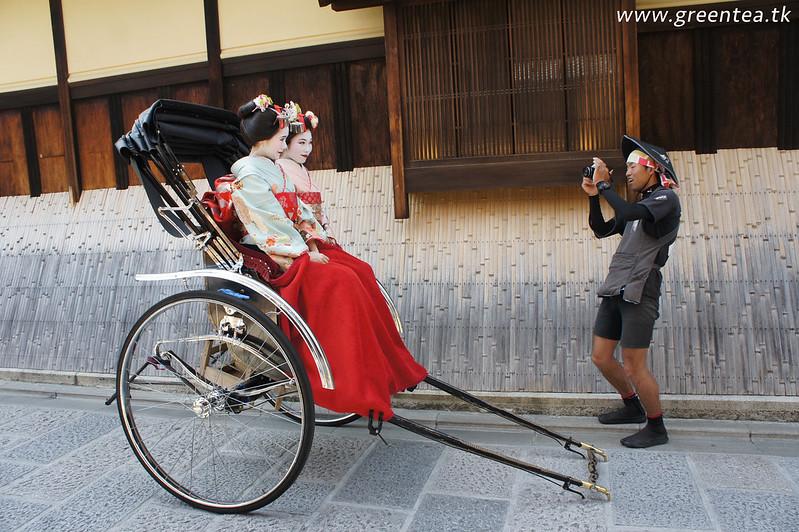 Faka Geisha in Higashiyama, Kyoto