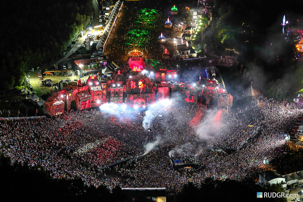 "The 15 best of 2013 - ""Tomorrowland Helicopter Madness View"""