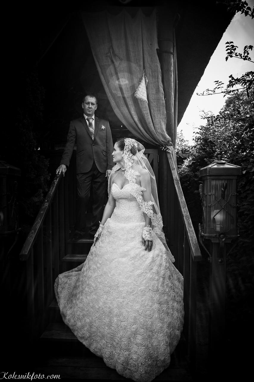 Жених и невеста, места для свадебной фотографии в Днепропетровске