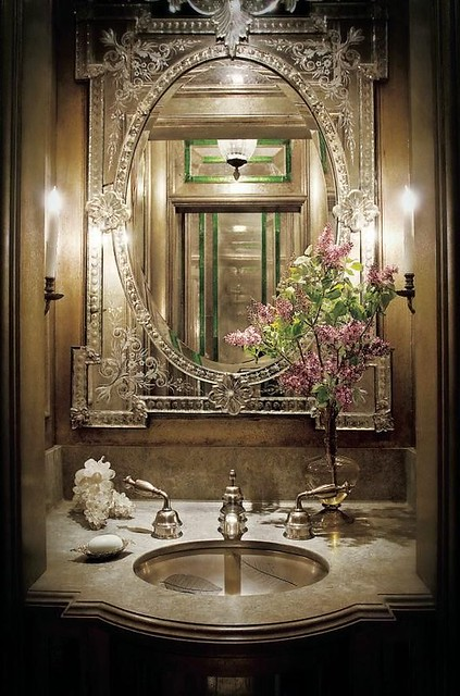 The Detailed Design Of This Venetian Mirror Creates High Drama In Small Space