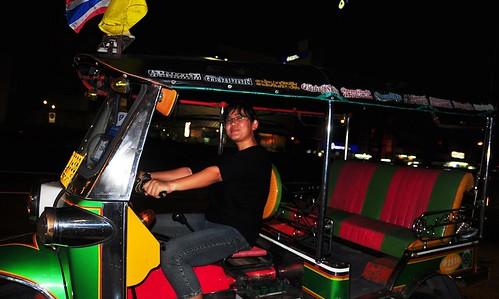 Naik tuktuk - Bangkok