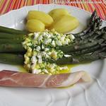 Rezepte mit Spargel: ©Ehemals violetter Spargel mit Bozner Sauce Schinken und Kartoffeln (1)