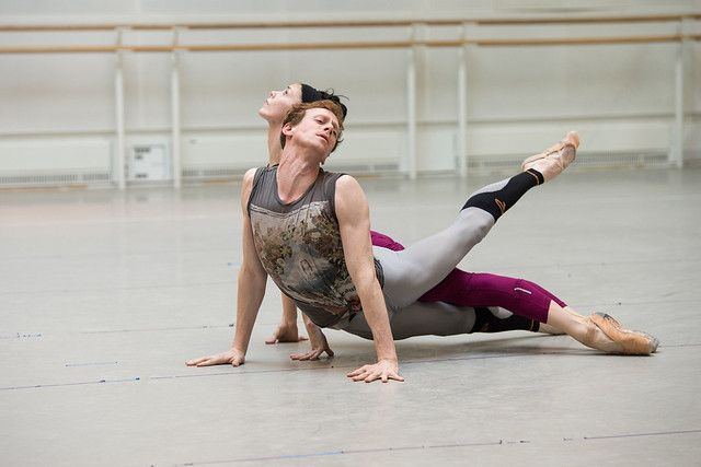 Natalia Osipova and Edward Watson in rehearsals for Connectome © ROH/Bill Cooper, 2014