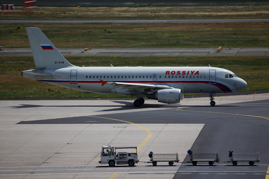 Rossiya Airbus A319 (EI-EYM) in Frankfurt Airport