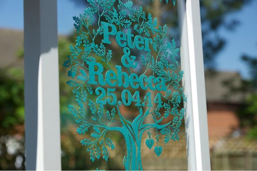 Wedding-Gift-Tree-Papercut