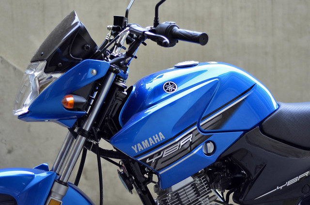 My new Yamaha YBR 125 Blue *jazzy77* - 18669300049 af5d156477 z