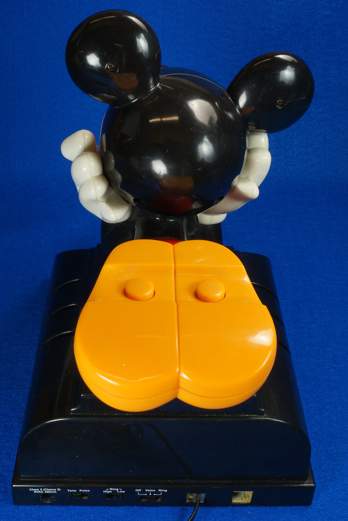 RD14898 Rare Vintage Mickey Mouse Talking Alarm Clock Radio Telephone DSC06898