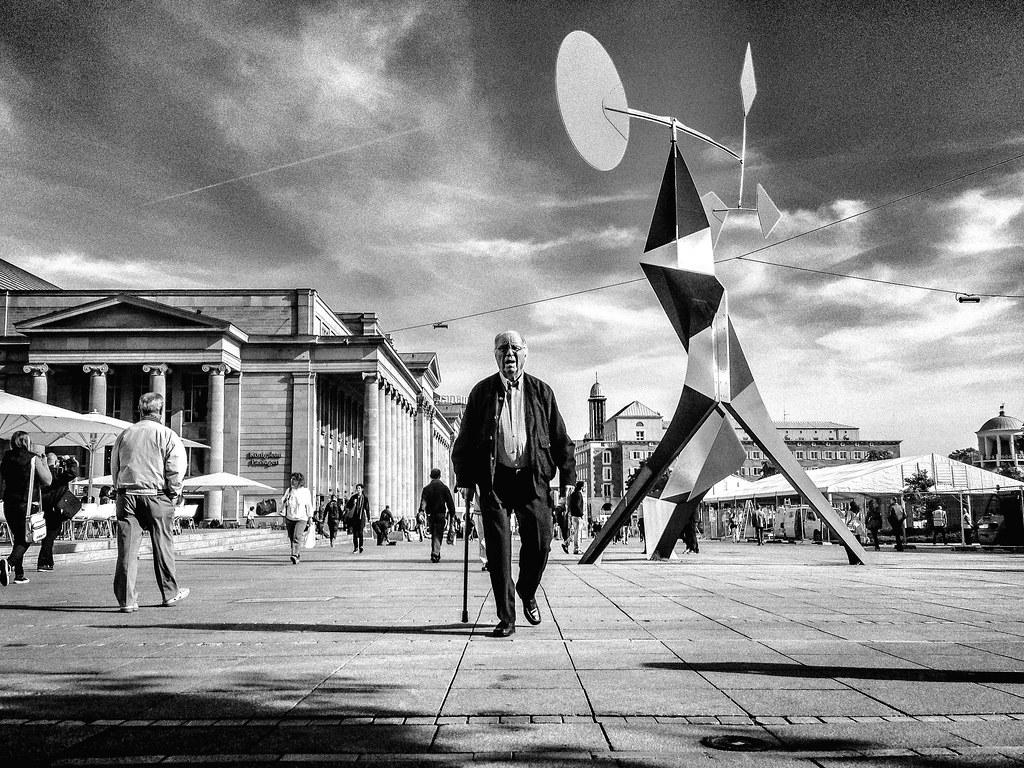 'Calder Man' - Schloßplatz, Stuttgart