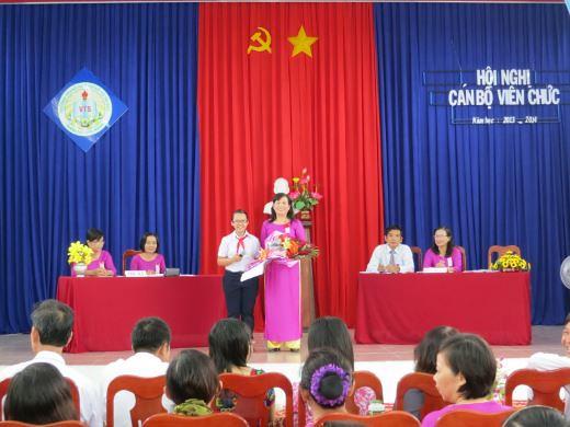 Hội nghị Cán Bộ, Viên chức năm học 2013-2014