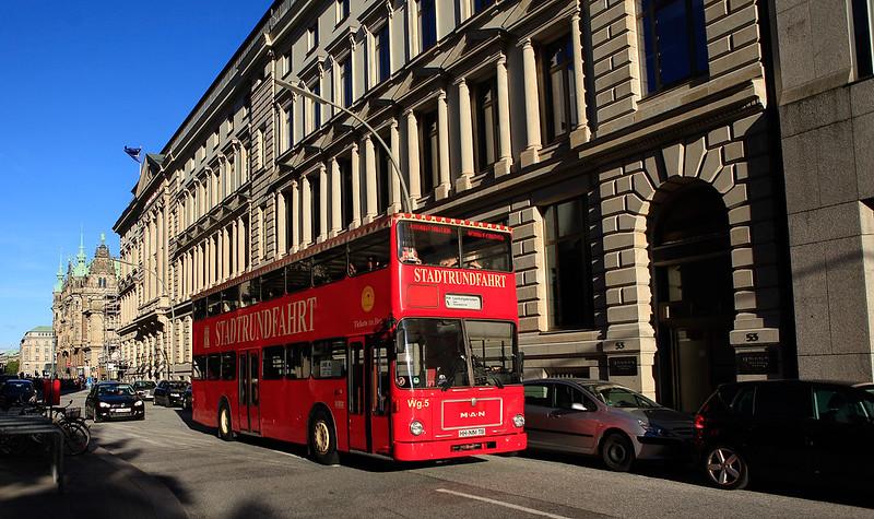 漢堡市的紅色雙層公車