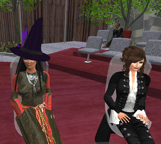 17 October 2013 VWER: Oro's witchy hat