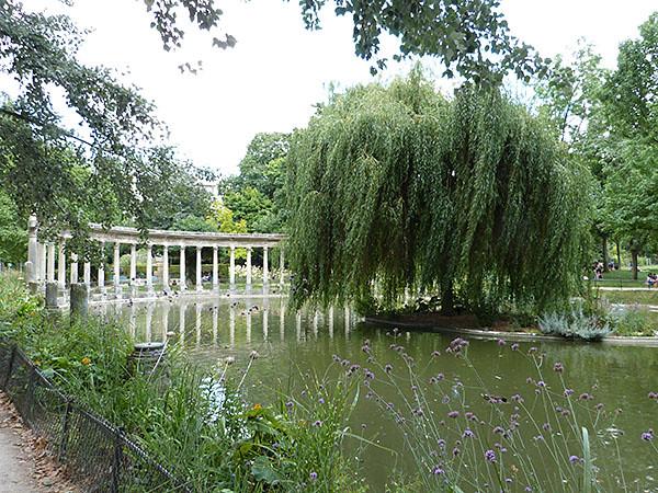 bassin parc monceau