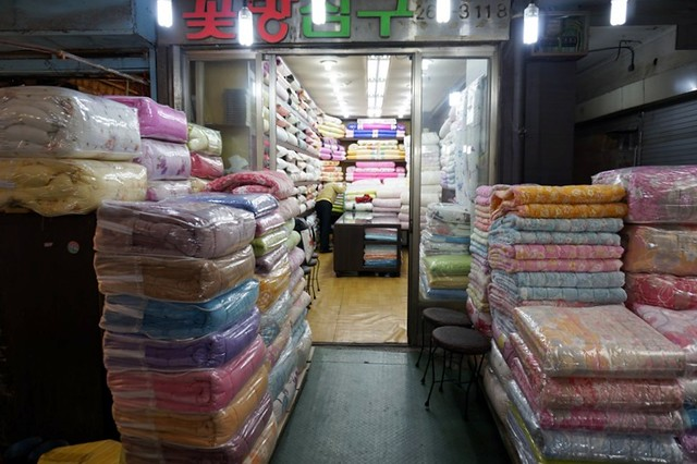 Gwangjang Traditional Market in Korea - rebeccasaw blog-013