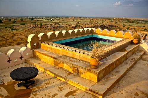 Jaisalmer Suite pool