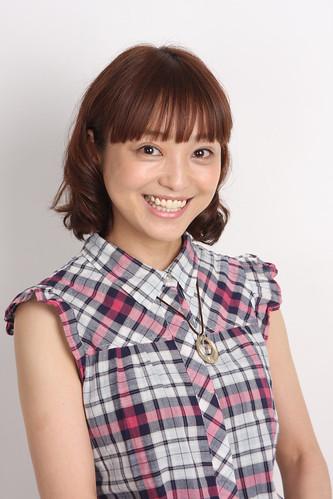 131122(1) - 40歲合法蘿莉聲優「金田朋子」今天發表結婚宣言、對象是帥氣演員「森渉」、1122=好夫好妻!