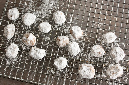 german-pfefferneuse-cookies-peppernuts-recipe