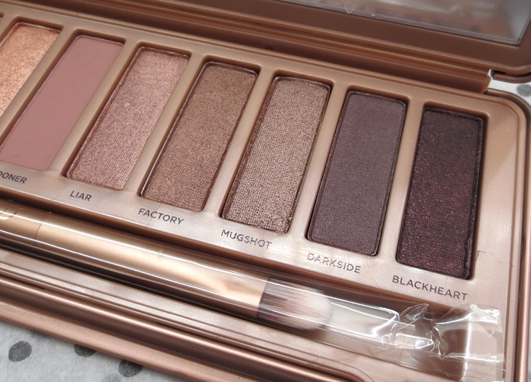 11334413816 566fd0c816 o NAKED 3: SWATCHES AND FIRST LOOK