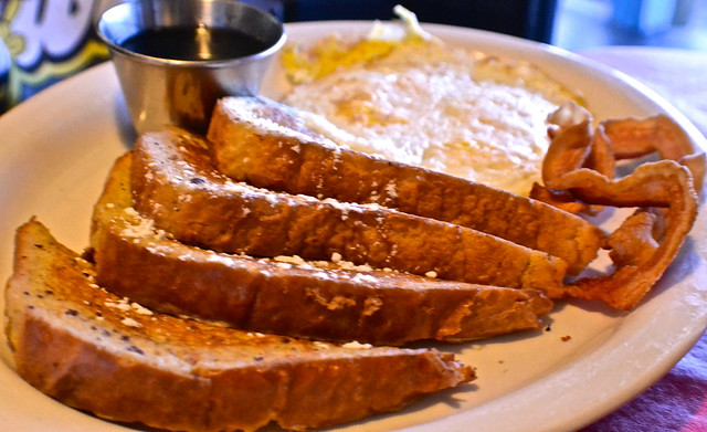 french toast and bacon and eggs at leslie's restaurant