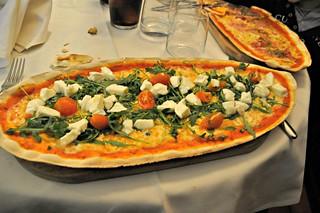 http://hojeconhecemos.blogspot.pt/2014/01/eat-trattoria-don-lisander-madrid.html