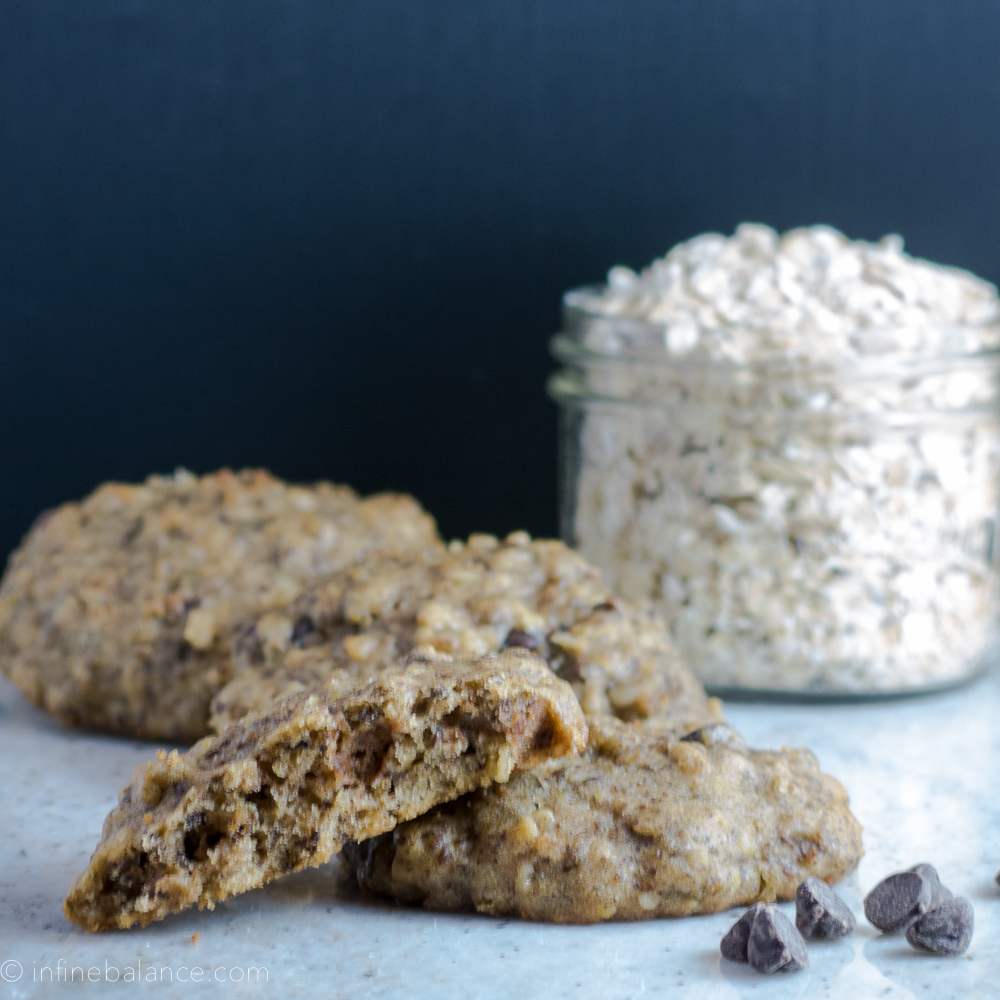 Chocolate Chip Flax Seed Cookies with oats and chocolate chips
