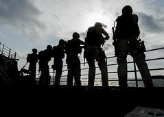 USS SAN JACINTO (CG 56)_140107-N-LN619-061