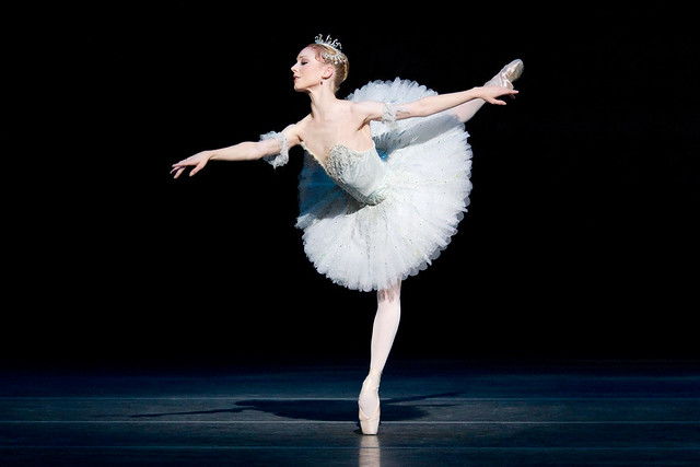 Sarah Lamb as Aurora in The Sleeping Beauty. The Royal Ballet, 2011. Photo ©ROH/Johan Persson, 2011