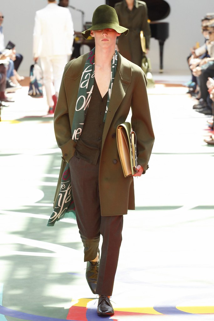 SS15 London Burberry Prorsum029_Carl Axelsson(VOGUE)