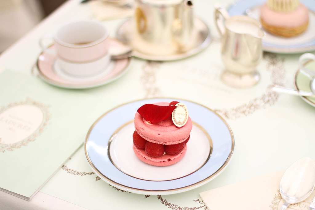 Laduree Champs Elysees-7.jpg