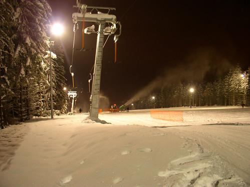 Přijeďte si VEČER zalyžovat do lyžařského areálu PEKLÁK u České Třebové s 40% slevou