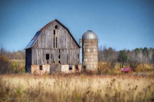 Vesper Rustic Barn
