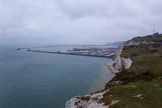 Vue sur le Port de Dover depuis les White Cliffs