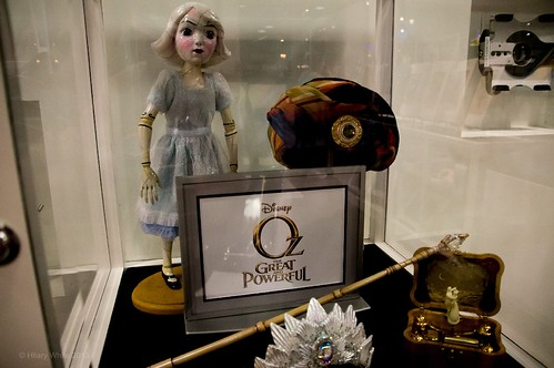 """Oz The Great & Powerful"" Costume & Prop Display"