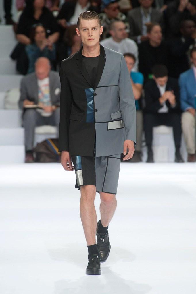 Janis Ancens3158_SS14 Paris Dior Homme(fashionising.com)