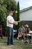 dave juggling by pinguino