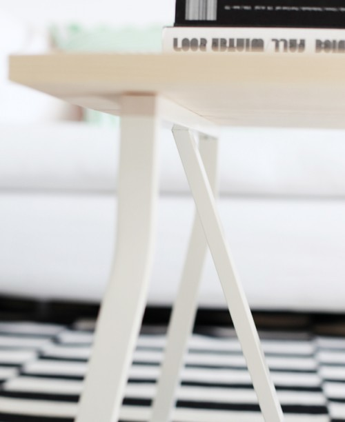 simple-diy-coffee-table-in-scandinavian-style-3-500x612