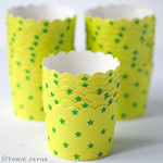 Star baking cups