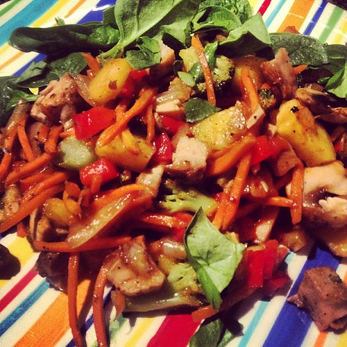 Quick and easy stir fry night! #eattherainbow #healthyeating #veggies #dinner