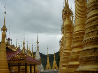 Inle Lake - Indein Temple complex 8