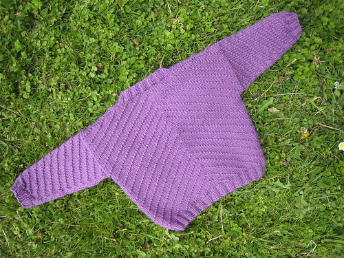Cardigan_2013_04_03_purple-v-neck-v-pattern_12-months_2_back