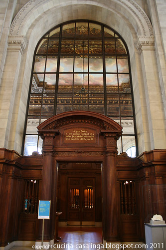 Public Library Vorraum Lesesaal
